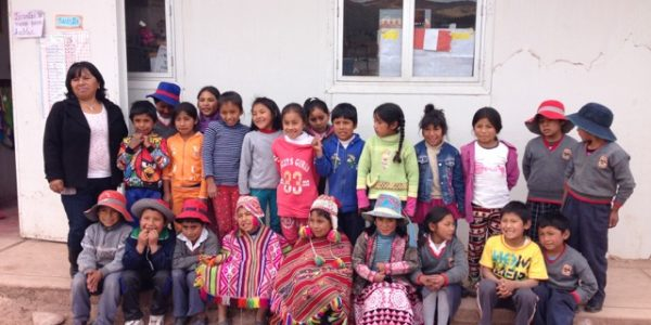 Typische Klasse einer peruanischen Grundschule